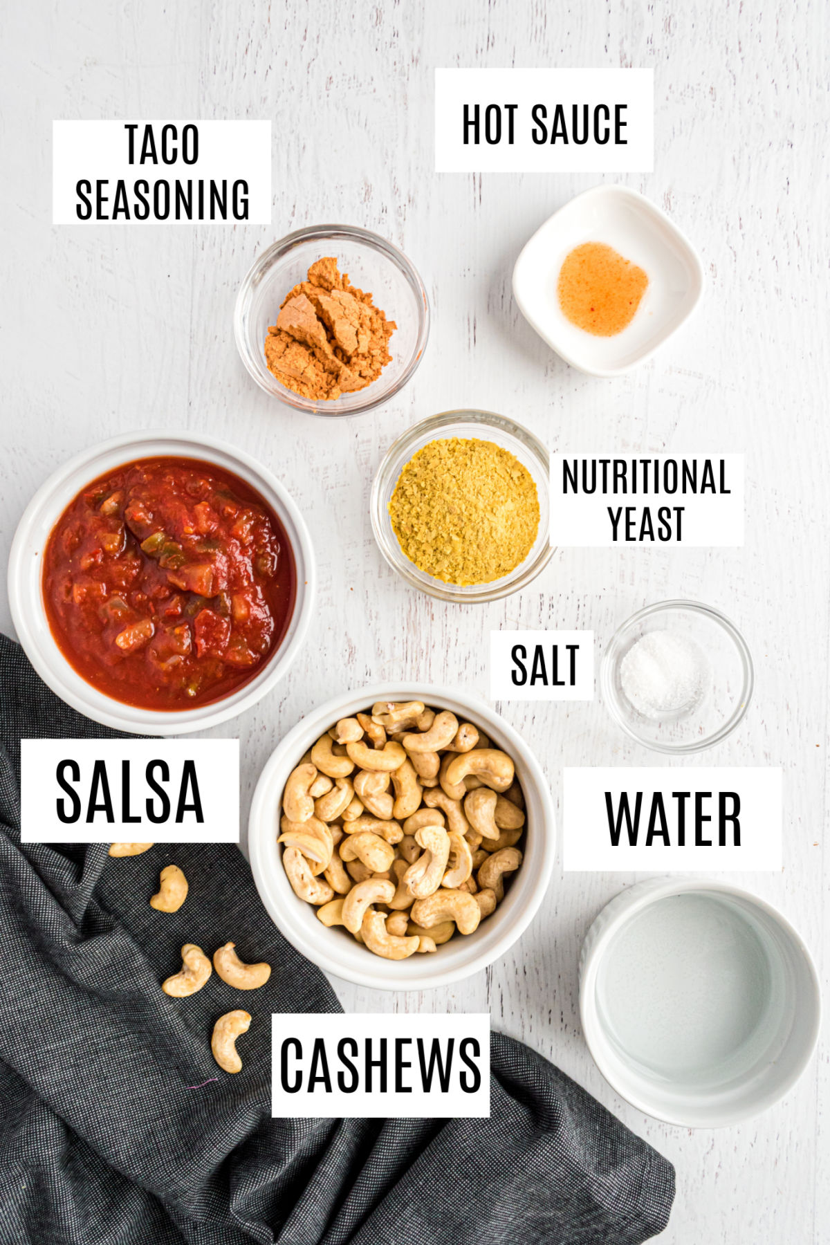Ingredients needed to make no cheese cashew queso.
