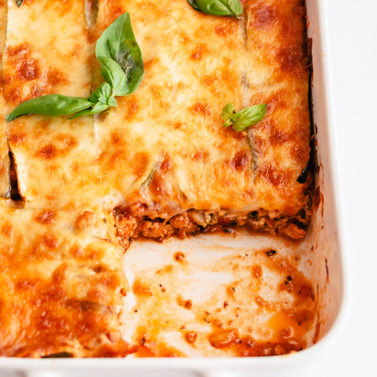 This gluten-free and low-carb Turkey Zucchini Lasagna is made of layers of thinly sliced zucchini, an herby ricotta layer and a delicious and flavorful turkey meat sauce. It's also packed with healthy veggies and freezer friendly!